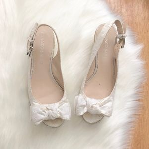 Franco Sarto white wedge laces sz:6.5 summer cute